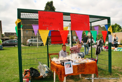 buurtvereniging de pritter kindermarkt 03-07-2011 (9).JPG