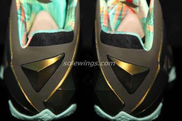 This LeBron XI is Parachute GoldArctic GreenDark LodenBlack
