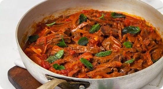 Lesso alla picchiap uno dei grandi piatti tipici della for Piatti tipici della cucina romana