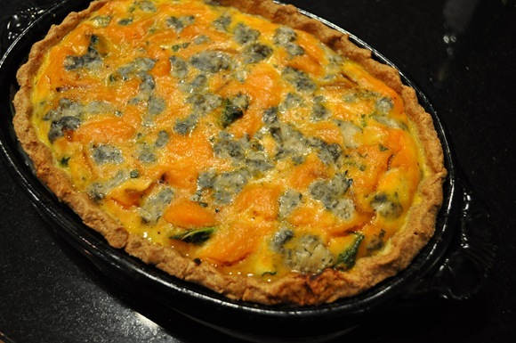 finished pumpkin gorgonzola tart