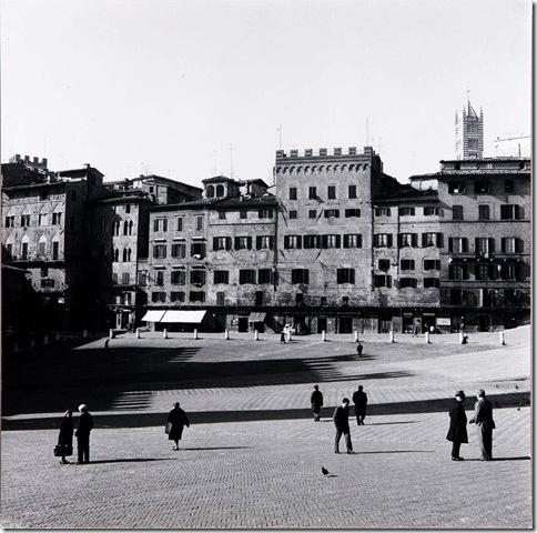 Harry Callahan_Siena_Italy(1)_1968