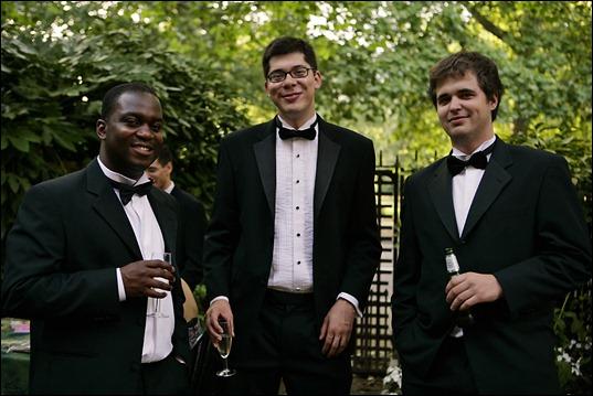 Men_in_black_tie