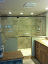 Frameless Pivot Door & Panels W/Towel Bar