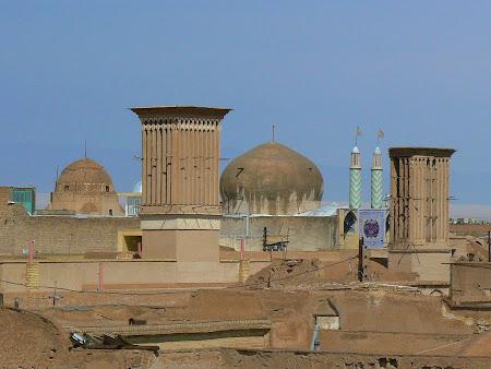 Things to see in Yazd: Skyline
