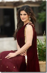 zarine_khan_latest_beautiful_still