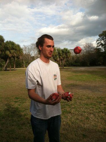 Kyle+juggle