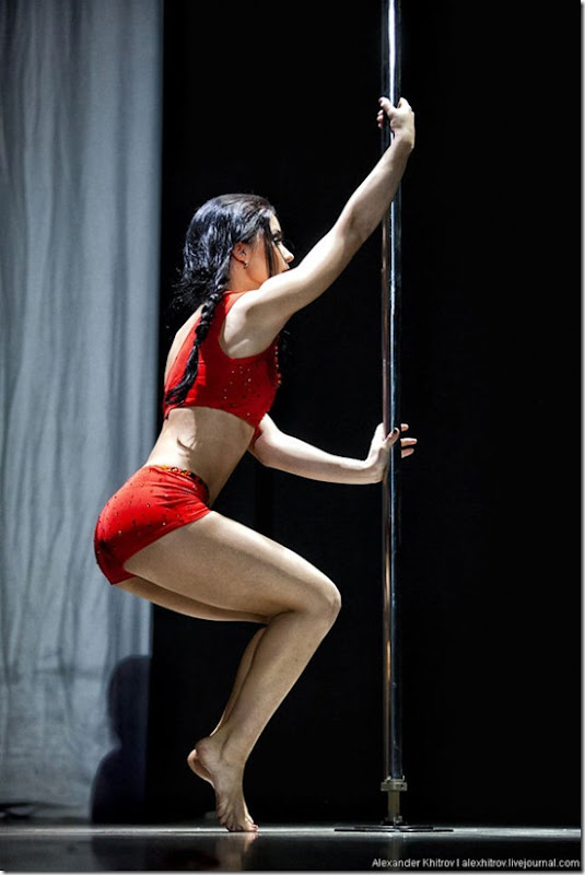 russian-pole-dancing-competition-41
