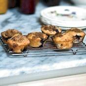 blueberry-sour-cream-muffins