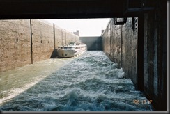 Leaving the lock,2006