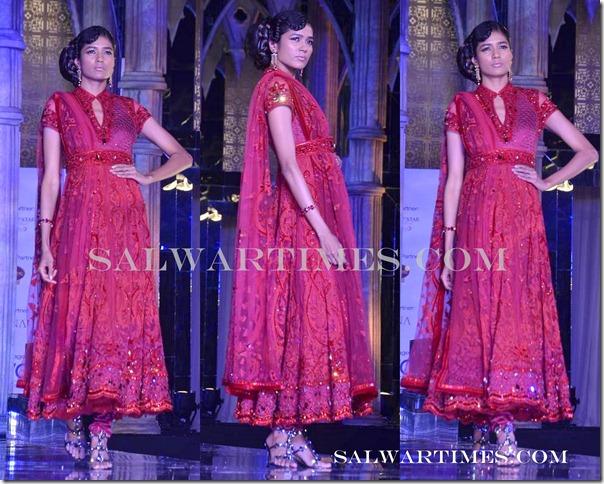 Tarun_Tahiliani_Designer_Salwar_Kameez