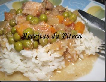 Rojões com legumes em cama de arroz aromático ( Bom Sucesso)-perto