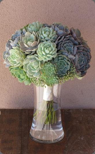 553965_485192331511015_935822028_n floral verde