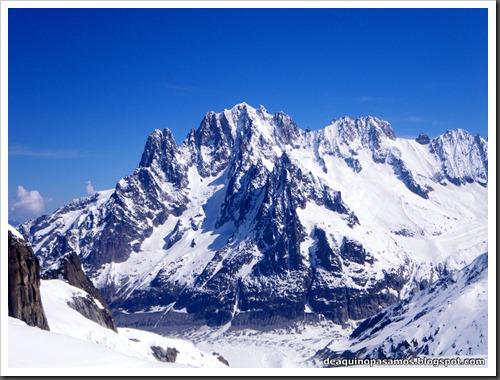Descenso del Valle Blanco esquiando (Chamonix, Alpes) 5374