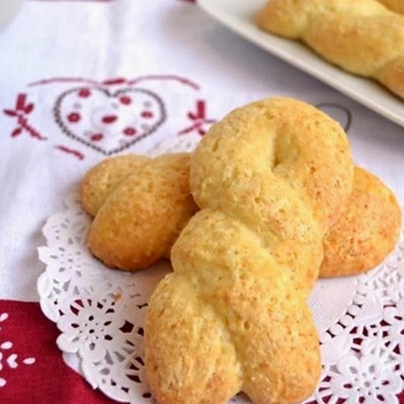 Κουλουράκια με  τυρί