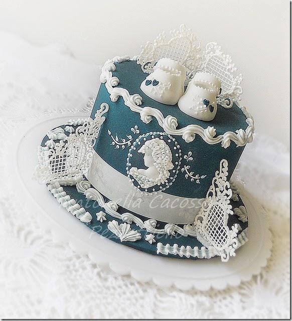 Torta in ghiaccia con cameo