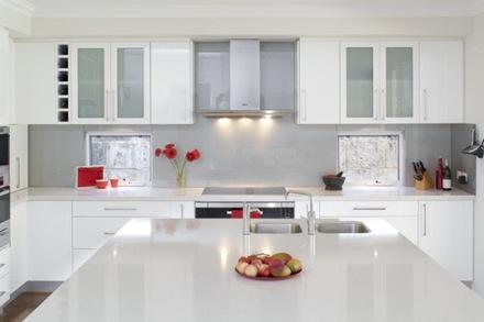 cocina-estilo-minimalista-blanca