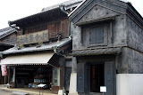Edo period sake shop and storehouse (made of metal so it won't burn)