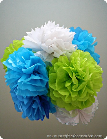DIY tissue poofs