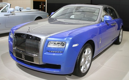 Rolls Royce Art Deco Phantom Ghost front three quarters
