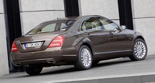 W221-Mercedes-S-Class-K