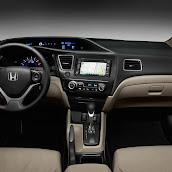 2013-Honda-Civic-Hybrid-6.jpg
