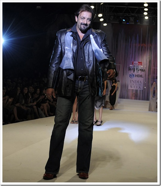 sanjay dutt latest wallpapers 2012