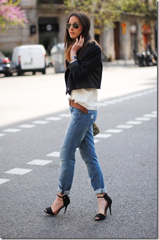 casual-chic look, jeans, high heels
