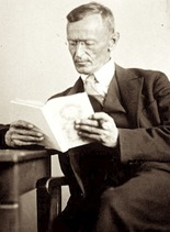 Hermann_Hesse_1927_Photo_Gret_Widmann