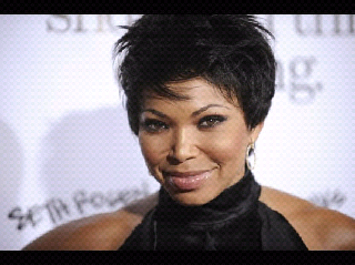 I actually saw Tisha Campbell - Martin enjoying a Ball Up game with her ...