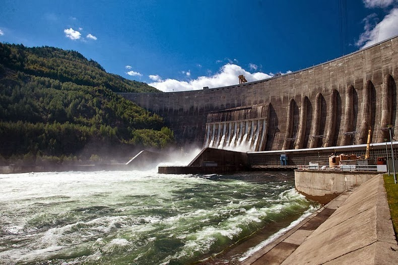 Sayano–Shushenskaya-Dam-1
