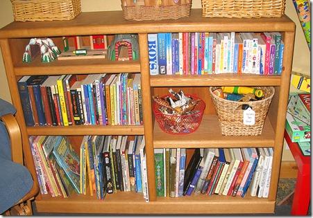 web2012 08 31_1071 playroom books