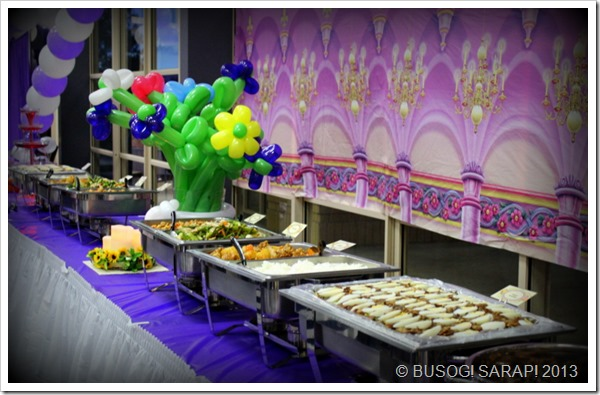 18TH BIRTHDAY FRIENDS FILIPINO BUFFET© BUSOG! SARAP! 2013
