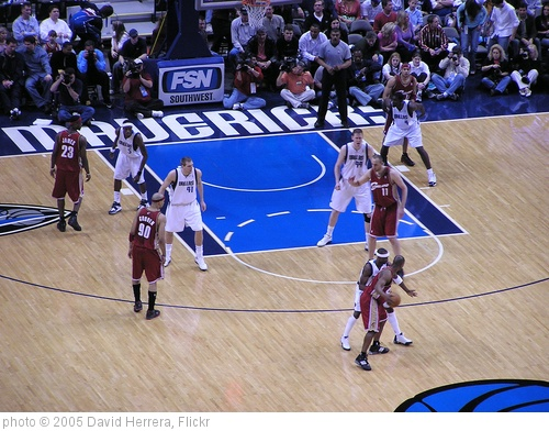 'Dallas Mavericks vs. Cleveland Cavaliers, March 2005' photo (c) 2005, David Herrera - license: http://creativecommons.org/licenses/by/2.0/
