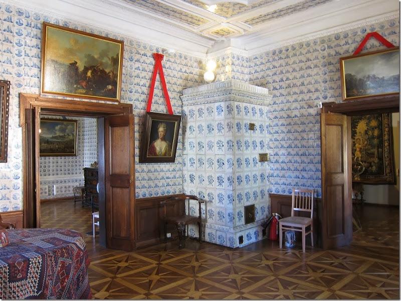 menshikov_palace_3