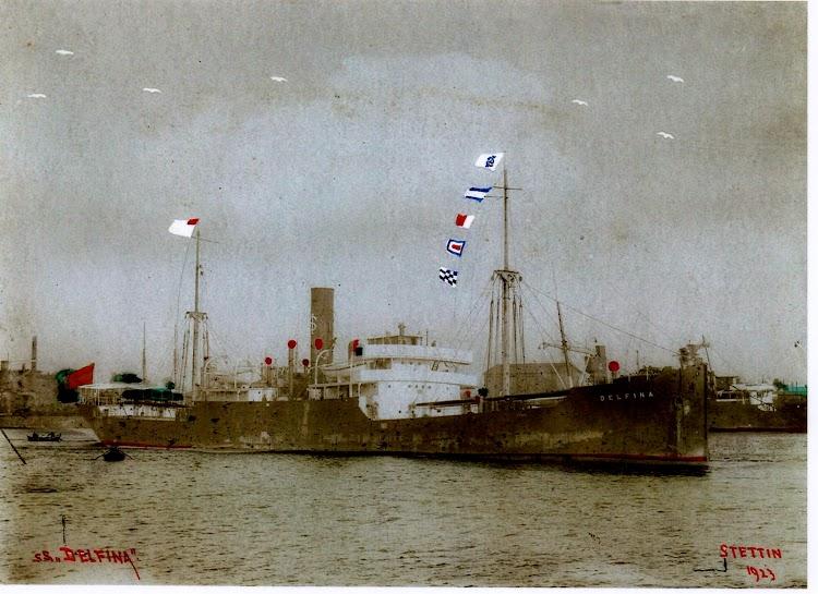 El DELFINA en Stettin. Año 1923. Maria Terese Garcia Gonzalez. De Luanco. Nuestro agradecimiento.jpg