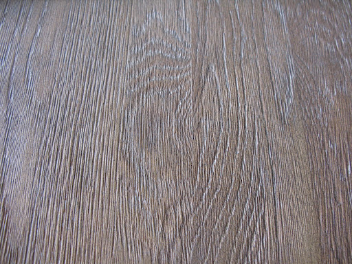 How pretty is the wood grain on this table from our shoot?