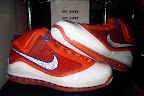 nike air max lebron 7 pe hardwood orange 2 02 Yet Another Hardwood Classic / New York Knicks Nike LeBron VII