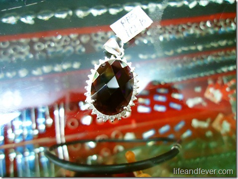 Silver gem pendant