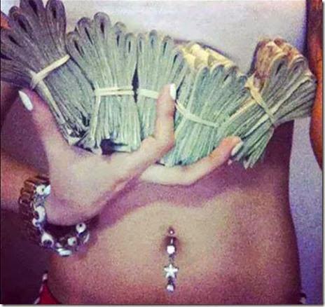 strippers-money-032