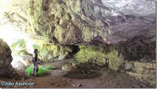 Cueva de Azanzorea - Valle de Roncal