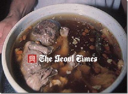 orang china makan janin 1