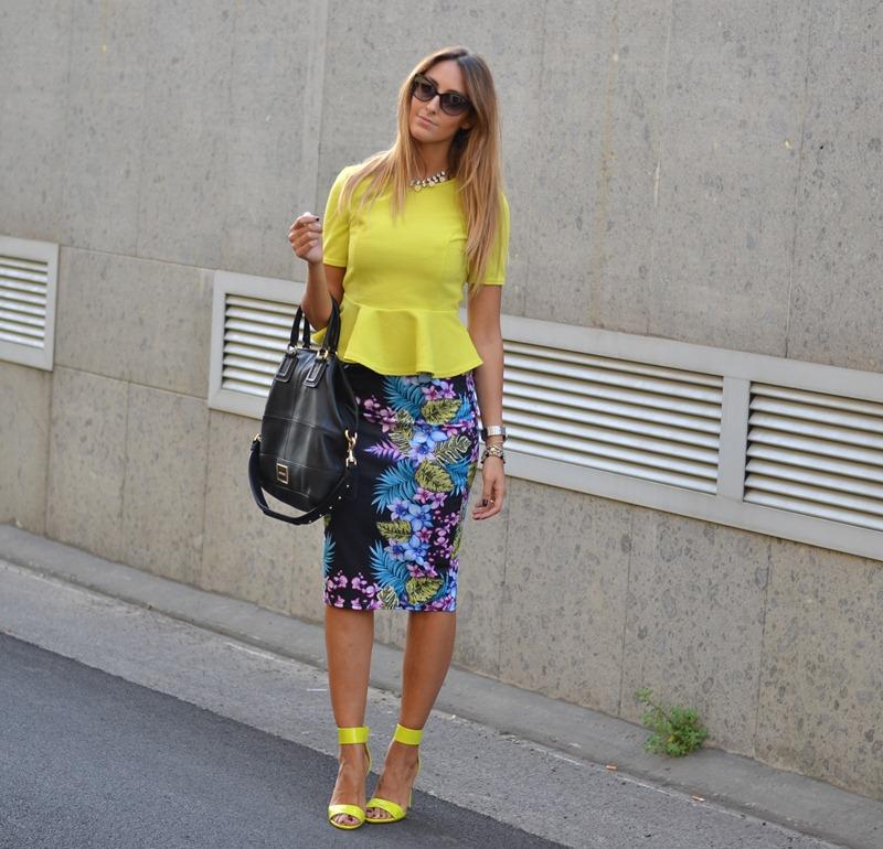 Milano fashion Week, Primark Peplum Top, Primark Top, Primark Skirt, H&M Sandals, Givenchy, Givenchy Bag, Peplum, Street Style