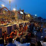 Varanasi, cérémonie du Sydharta le soir