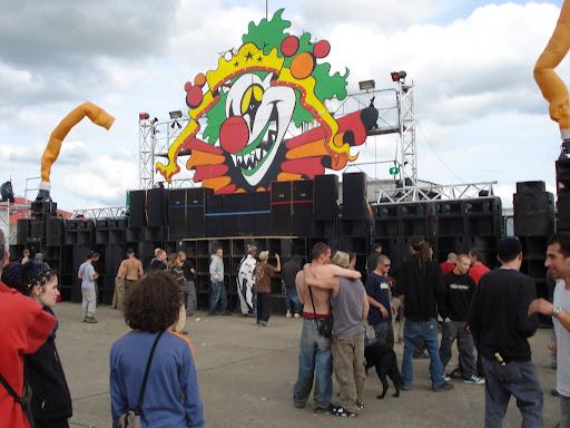 Teknival 2008 à Crucey