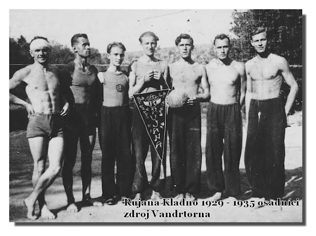 RUJANA Kladno 1929 Kačák - 1935 osadníci1 - zdroj Vandrtorna     Rujana Kladno 1929 - 1935.jpg