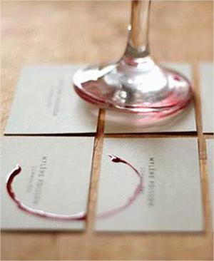 10 ejemplos de tarjetas de presentación innovadoras y creativas