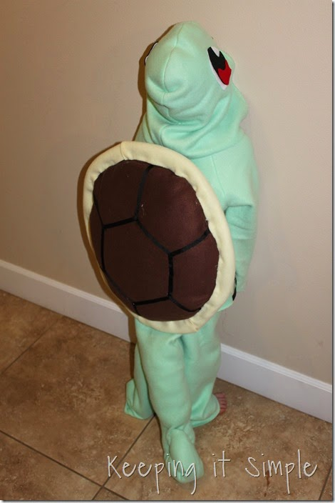 DIY Pokemon Squirtle Costume (16)