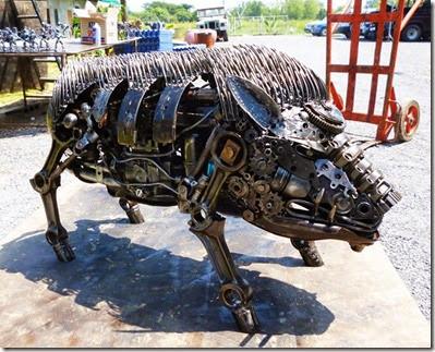 wild-boar-scrap-metal-art