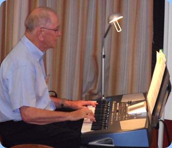 John Beales played his Korg Pa500 for us