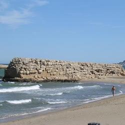 34 - Puerto y murallas de Ampurias (Gerona)